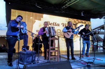 Bella Vista se sumó a los homenajes a Cocomarola