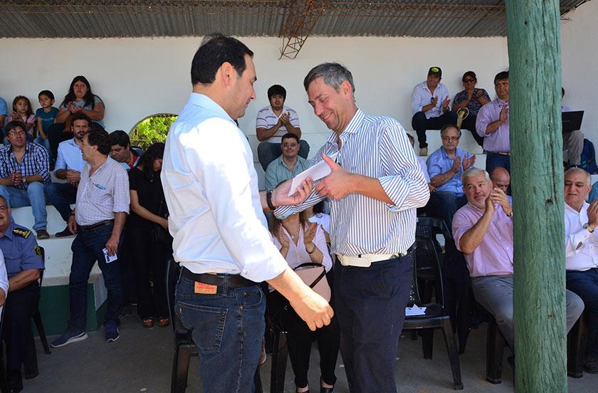 Valdés inauguró oficialmente la 2° Expo Rural de Bella Vista