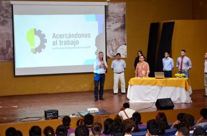 Municipio y Escuela firman Convenio de Practicas