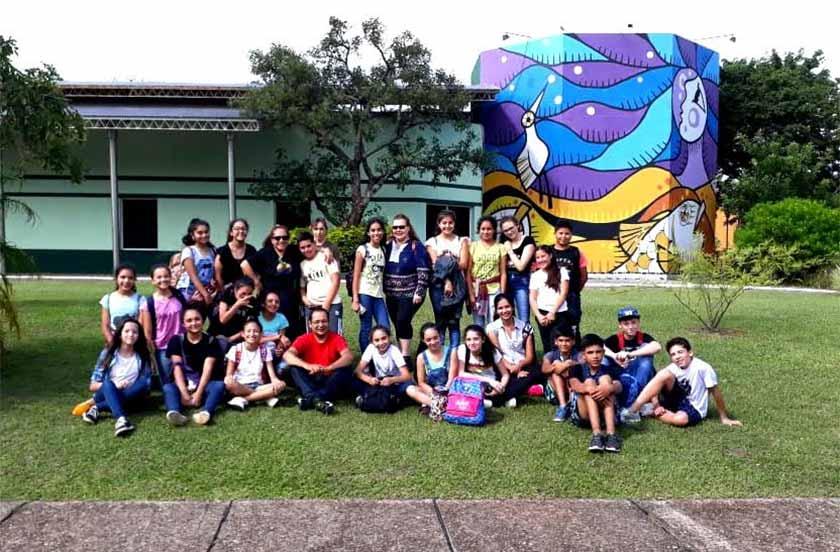 Alumnos de la Escuela Normal visitaron la represa Yacyretá