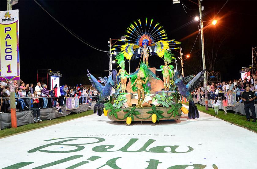 En Bella Vista comenzó la fiesta del carnaval