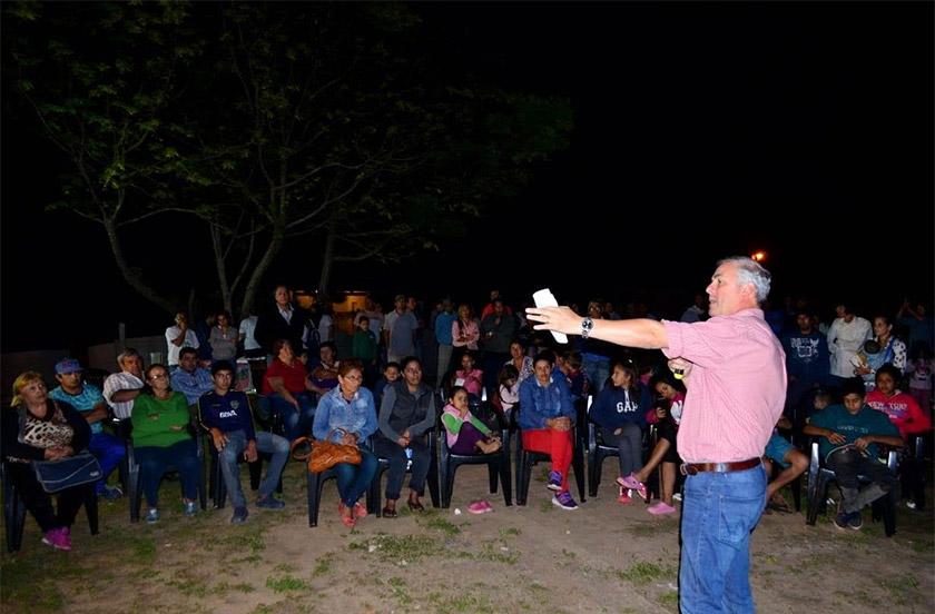 Vecinos recibieron a autoridades del ProMeBa