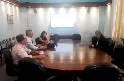 Chavez se reunió con el ministro Ortega