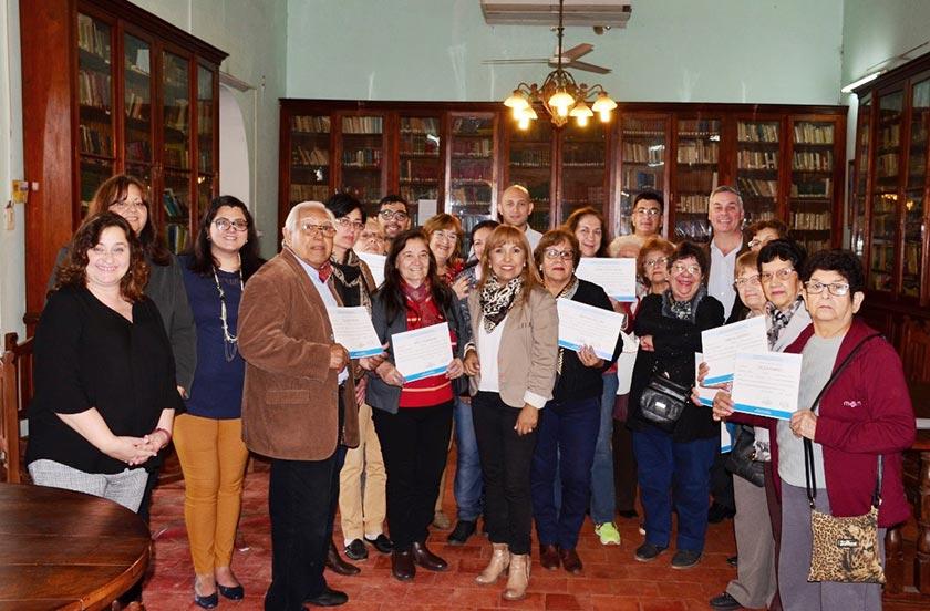 Entregaron certificados de Inclusión Digital para adultos mayores