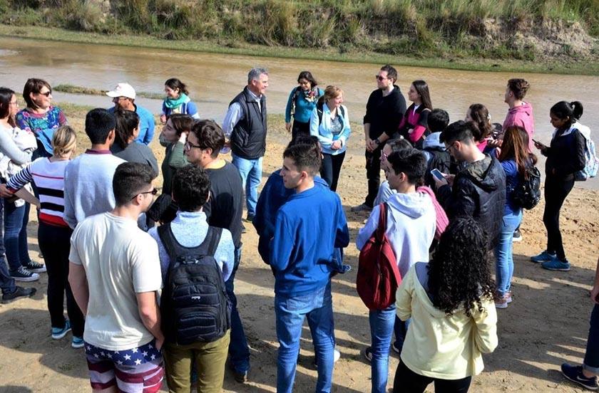Becarios de EEUU visitaron el yacimiento Toropí