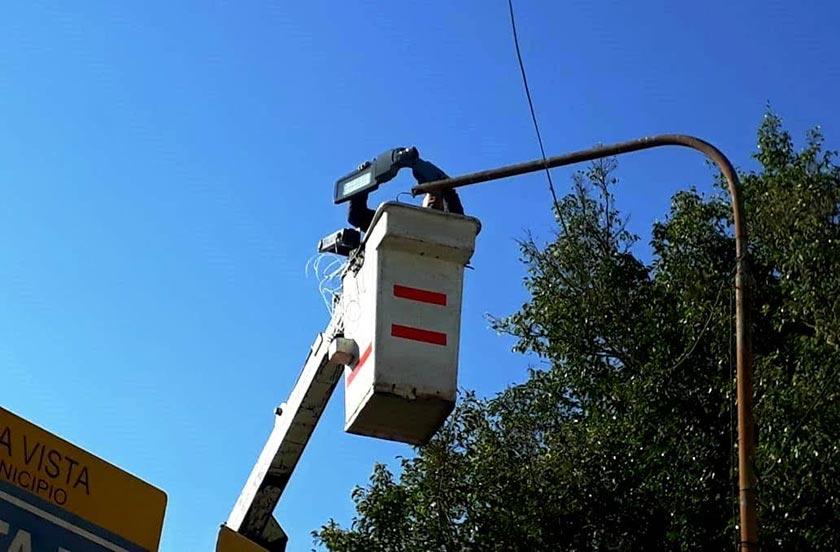 Bella Vista instala luces LED de iluminación pública