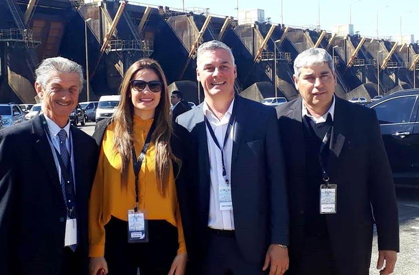 Chavez y Poelstra en la inauguración del paso Ituzaingó-Ayolas