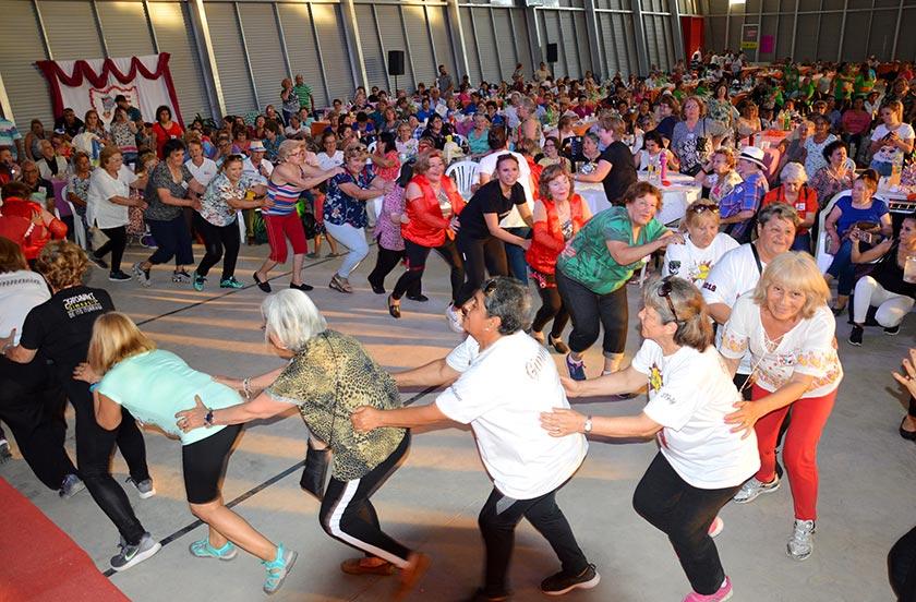 Más de 800 personas disfrutaron del Abuelazo Bellavistense 2019