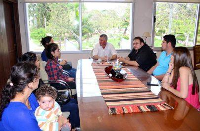 Chavez recibió a beneficiarios del PEI