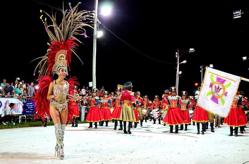 Porambá abre la tercera noche de carnavales de Bella Vista