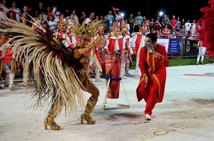 Ultima noche de carnaval y expectativas por el campeonato