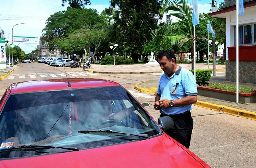 Intensifican controles de documentación vehicular