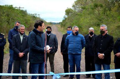 El gobernador Valdés visitó el municipio de Tres de Abril