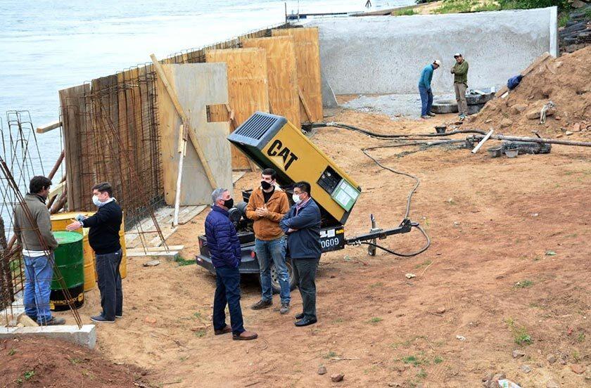 Chavez recorrió las obras de recuperación de espacios costeros