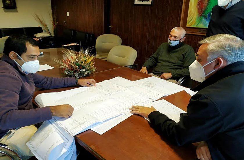 Chavez recibió el anteproyecto para el puerto de Bella Vista