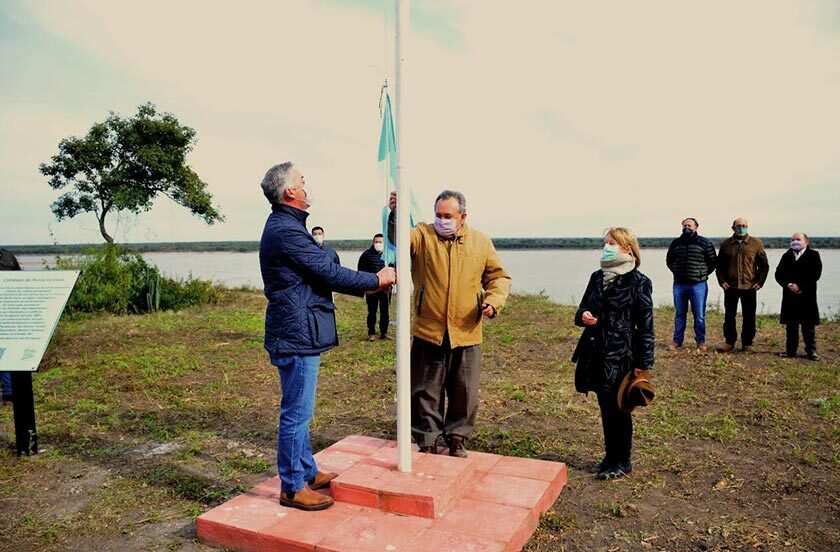 Homenaje oficial en el 156 aniversario de Punta Cuevas
